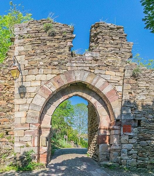 Photo du Monument Historique Restes de la porte de Ville situé à Najac