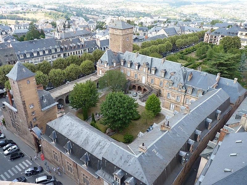 Photo du Monument Historique Ancien évêché situé à Rodez