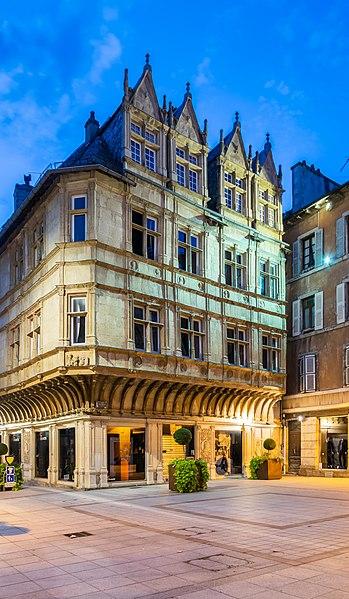 Photo du Monument Historique Maison d'Armagnac situé à Rodez