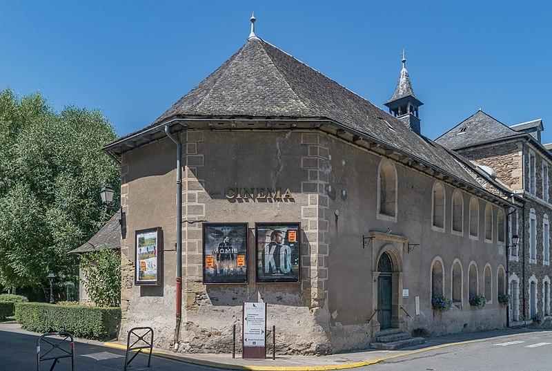 Photo du Monument Historique Ancien hospice situé à Saint-Geniez-d'Olt