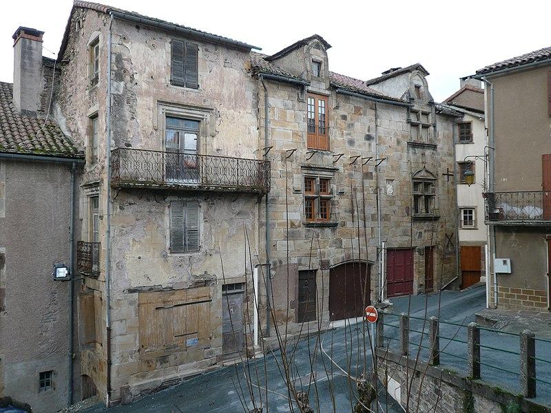 Photo du Monument Historique Maison du 15e siècle situé à Saint-Sernin-sur-Rance