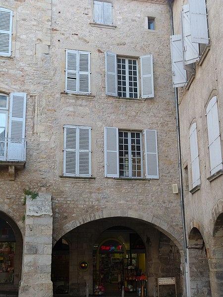 Photo du Monument Historique Maison Almaric situé à Villefranche-de-Rouergue