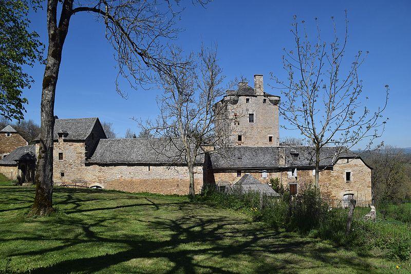 Photo du Monument Historique Ancienne grange monastique de Séveyrac situé à Bozouls