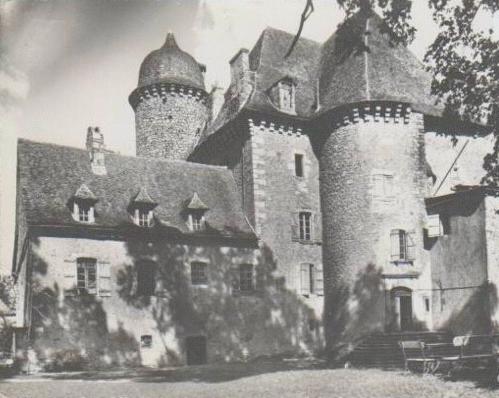 Photo du Monument Historique Château de La Caze et sol de la parcelle situé à Peyrusse-le-Roc