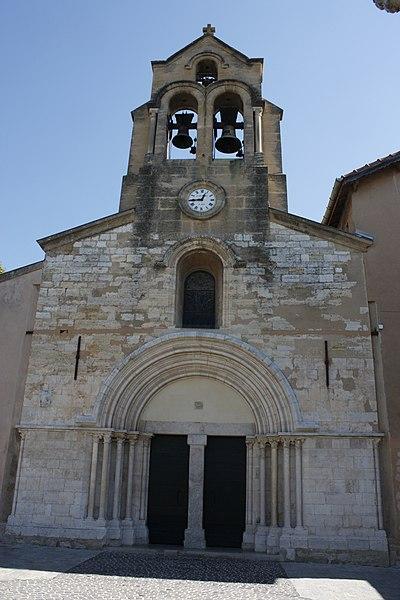Photo du Monument Historique Eglise de Puyricard situé à Aix-en-Provence