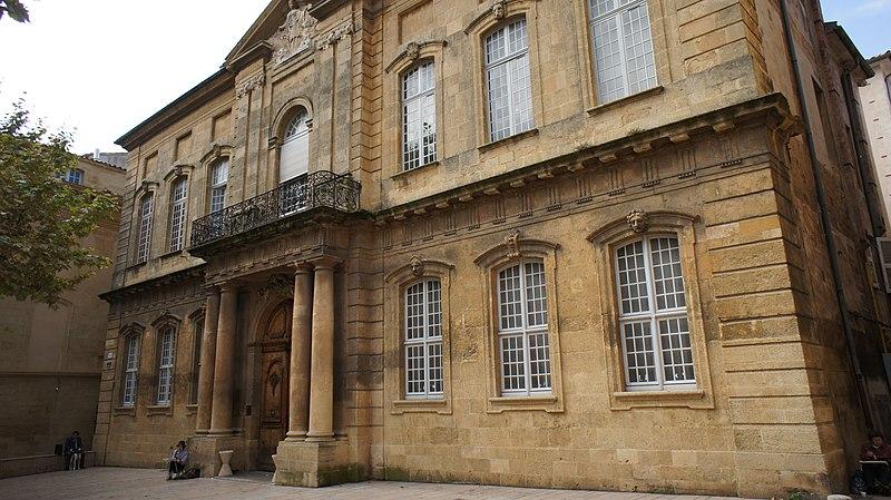 Photo du Monument Historique Faculté de Droit situé à Aix-en-Provence