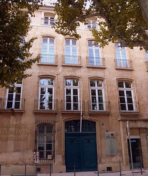 Photo du Monument Historique Hôtel de Boades situé à Aix-en-Provence