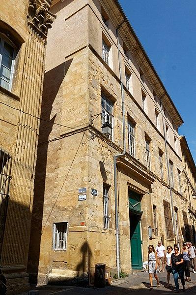 Photo du Monument Historique Hôtel de Châteaurenard situé à Aix-en-Provence