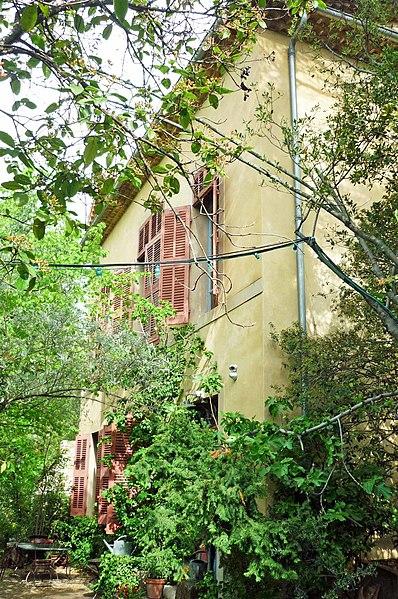Photo du Monument Historique Pavillon de Cézanne situé à Aix-en-Provence