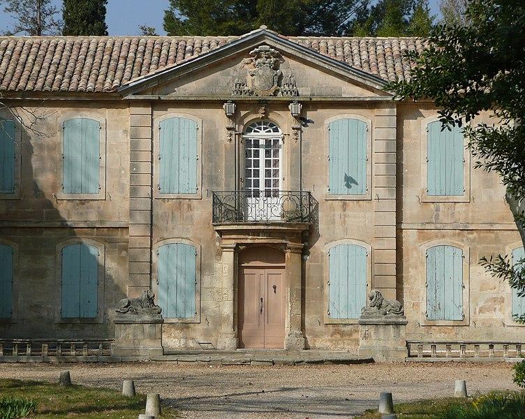 Photo du Monument Historique Château de la Jansonne situé à Arles