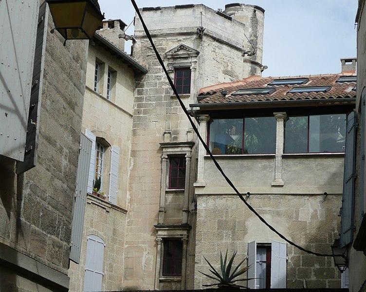 Photo du Monument Historique Hôtel Laugier de Montblanc ou maison Genin situé à Arles