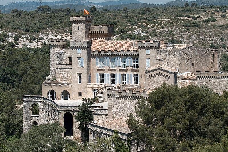 Photo du Monument Historique Château situé à La Barben
