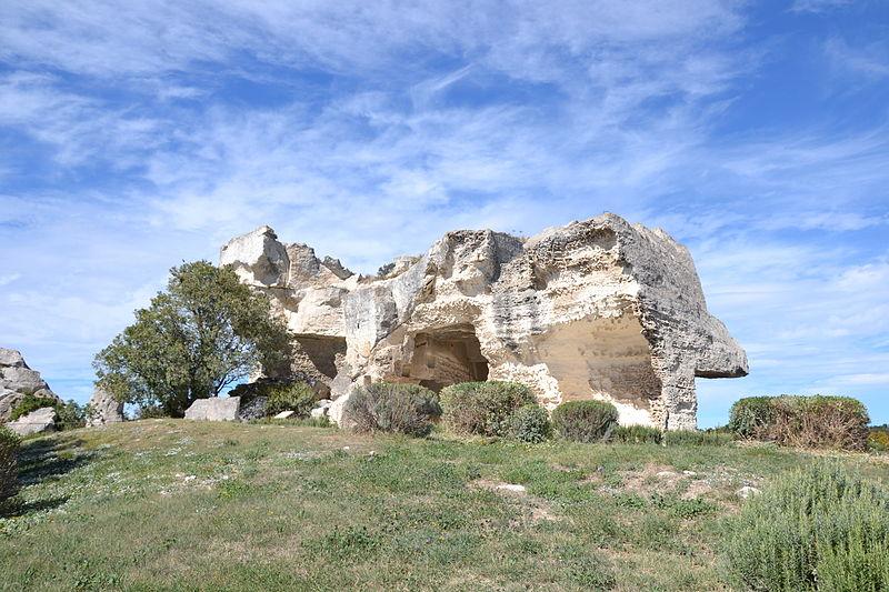 Photo du Monument Historique Baumes de Roucas situé à Baux-de-Provence (Les)