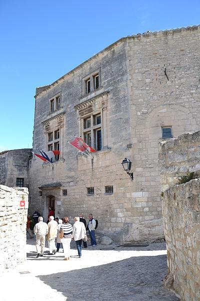 Photo du Monument Historique Hôtel de ville situé à Les Baux-de-Provence