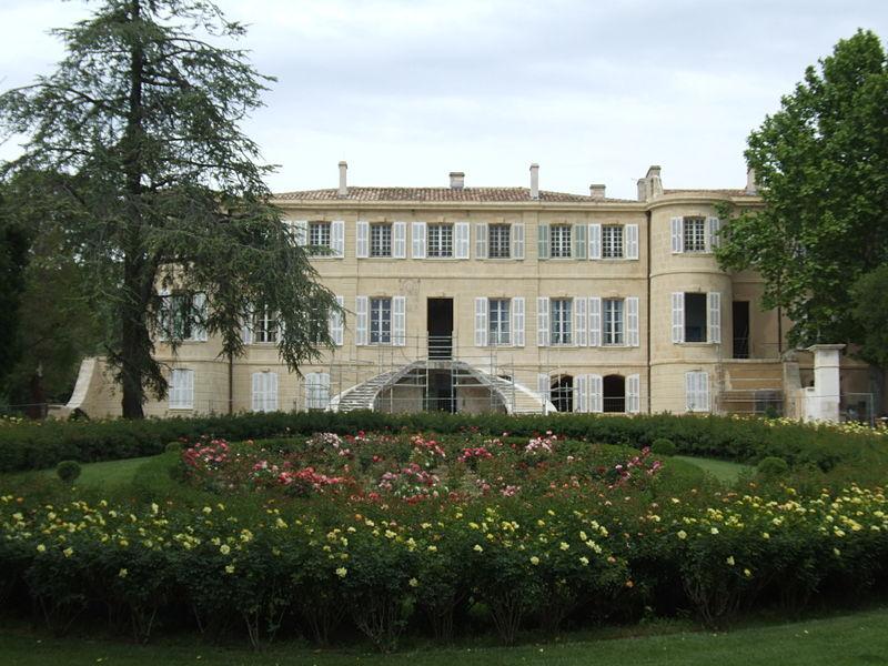 Photo du Monument Historique Château d'Estoublon situé à Fontvieille