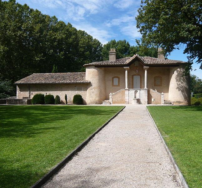 Photo du Monument Historique Pavillon de chasse du Roi René situé à Gardanne