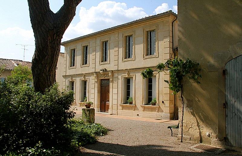 Photo du Monument Historique Maison de Frédéric Mistral, actuellement Musée municipal Frédéric Mistral situé à Maillane