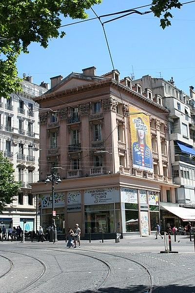 Photo du Monument Historique Immeuble dit Maison du Figaro situé à Marseille