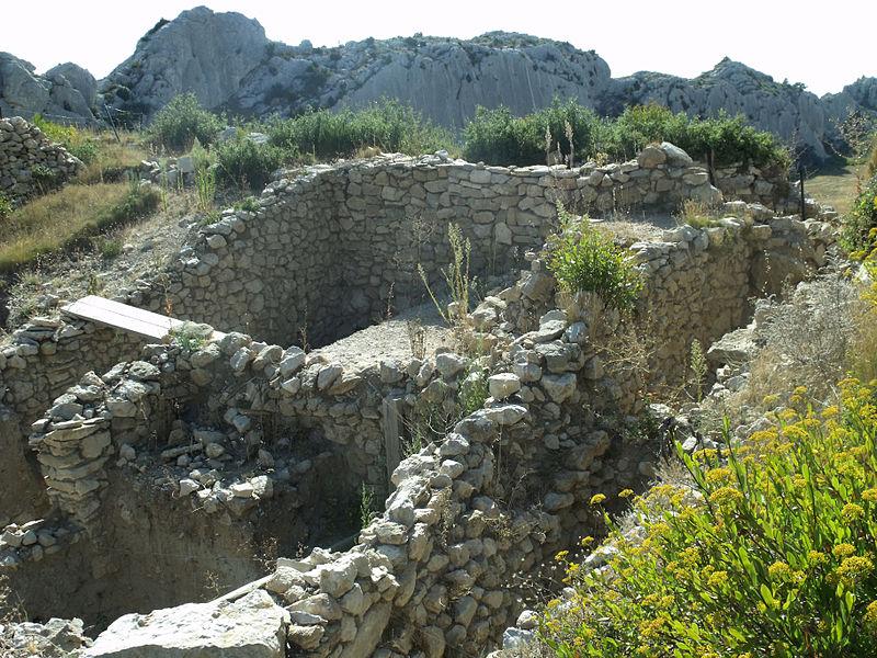 Photo du Monument Historique Oppidum des Caisses situé à Mouriès