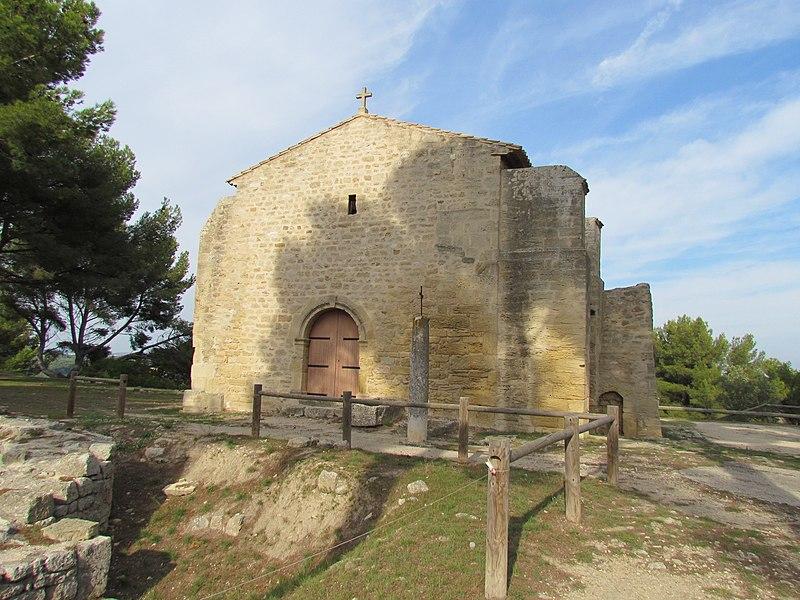 Photo du Monument Historique Chapelle Saint-Blaise situé à Saint-Mitre-les-Remparts