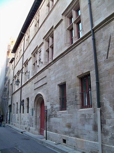 Photo du Monument Historique Ancien hôtel de Sade, actuellement musée lapidaire situé à Saint-Rémy-de-Provence