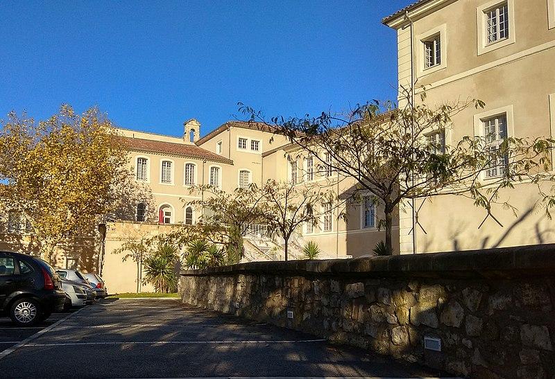 Photo du Monument Historique Hôpital Saint-Nicolas situé à Tarascon