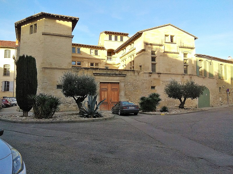 Photo du Monument Historique Maison Renaissance ou Hôtel de Sambucy ou Laudun ou Hôtel de Rouet situé à Tarascon