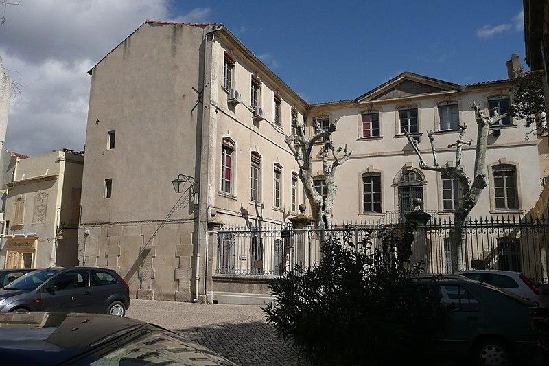 Photo du Monument Historique Palais de Justice situé à Tarascon