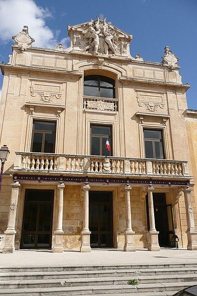 Photo du Monument Historique Théâtre municipal situé à Tarascon