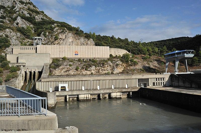 Photo du Monument Historique Usine hydro-électrique situé à Jouques