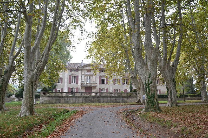 Photo du Monument Historique Château de Roussan situé à Saint-Rémy-de-Provence