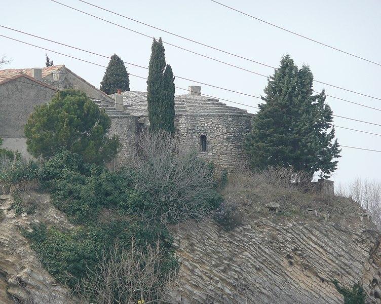 Photo du Monument Historique Ancienne église Saint-Pierre et Saint-Paul de Mouleyrès situé à Arles