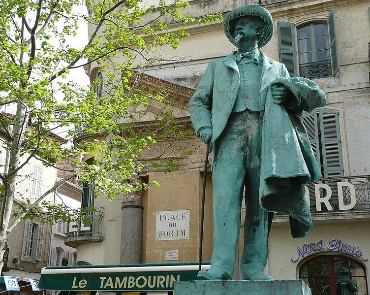Photo du Monument Historique Monument à Frédéric Mistral situé à Arles