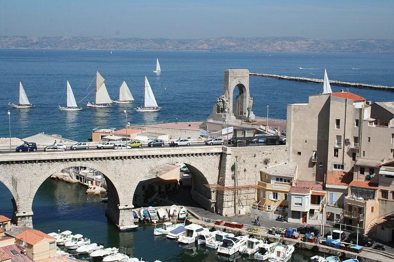 Photo du Monument Historique Monument aux héros de l'armée d'Orient et des terres lointaines, square Lieutenant-Danjaume situé à Marseille