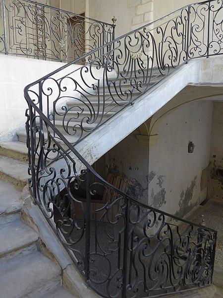 Photo du Monument Historique Hôtel de Viguier situé à Arles