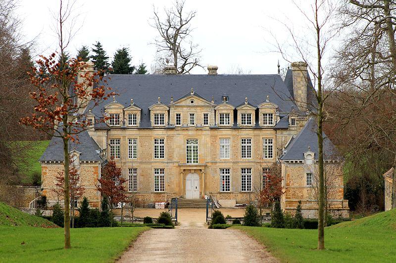 Photo du Monument Historique Château de la Motte situé à Acqueville