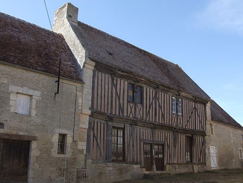 Photo du Monument Historique Maison dite La Tarenne situé à Barou-en-Auge