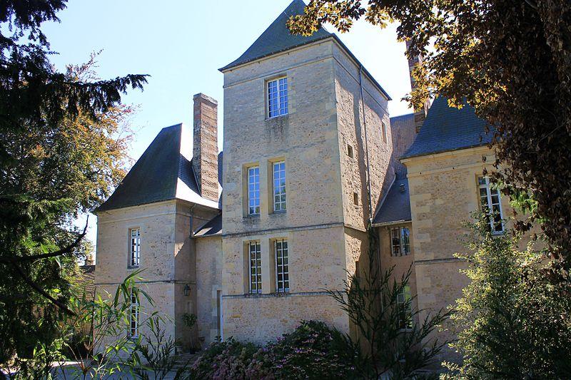 Photo du Monument Historique Château de Bavent situé à Bavent