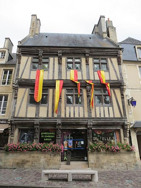 Photo du Monument Historique Immeuble situé à Bayeux