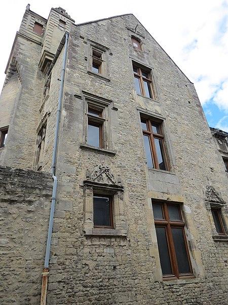 Photo du Monument Historique Maison dite du Gouverneur situé à Bayeux