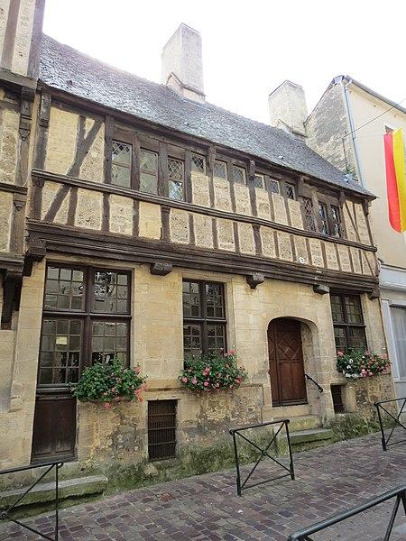 Photo du Monument Historique Maison en pans de bois situé à Bayeux