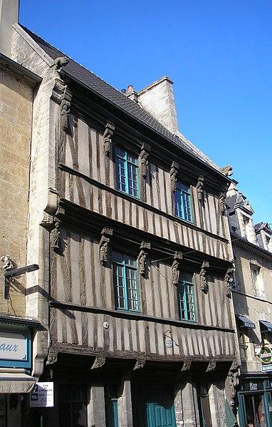 Photo du Monument Historique Maison dite de François Ier situé à Bayeux