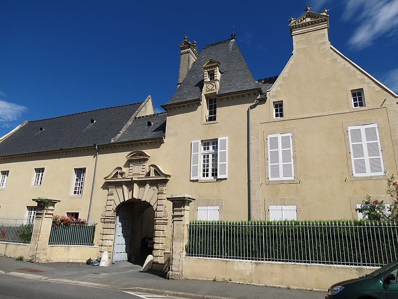 Photo du Monument Historique Manoir de la Caillerie situé à Bayeux