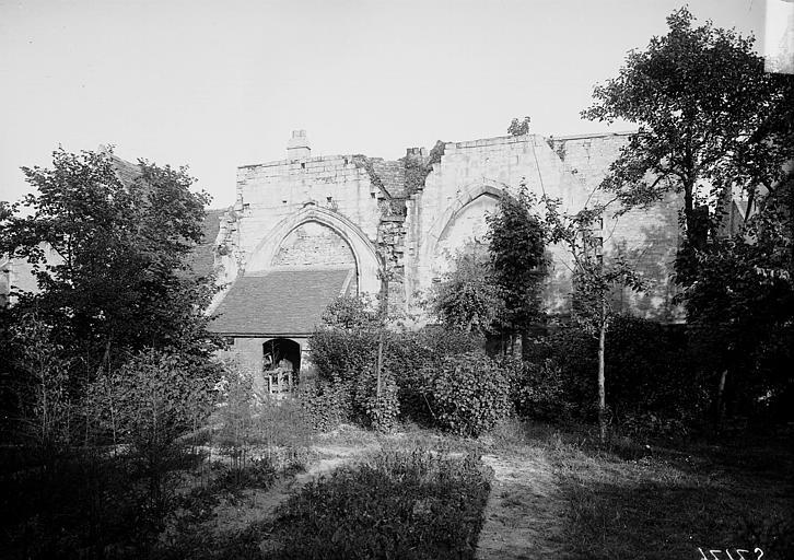 Photo du Monument Historique Restes de l'église Saint-Martin situé à Caen