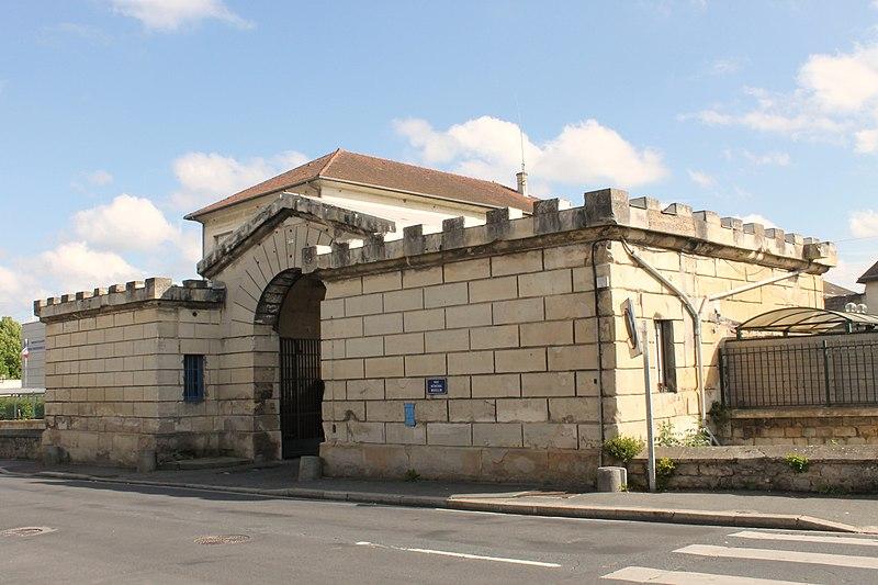 Photo du Monument Historique Prison Beaulieu situé à Caen