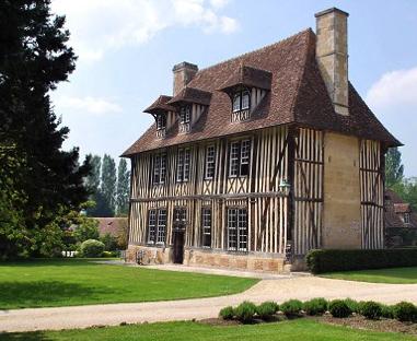Photo du Monument Historique Manoir de Prétot situé à Canapville