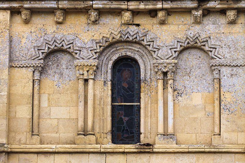 Photo du Monument Historique Eglise d'Ouézy situé à Cesny-aux-Vignes-Ouézy