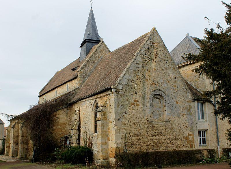Photo du Monument Historique Hospice Saint-Jacques ou léproserie situé à Cesny-Bois-Halbout