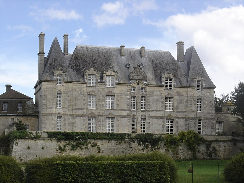 Photo du Monument Historique Château situé à Courseulles-sur-Mer