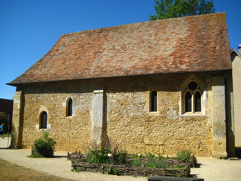 Photo du Monument Historique Ancien manoir situé à Crèvecoeur-en-Auge